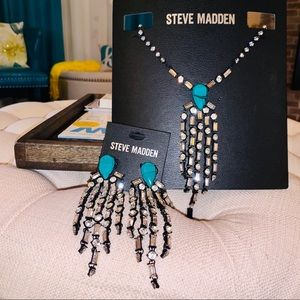 Steve Madden Turquoise necklace and earring set